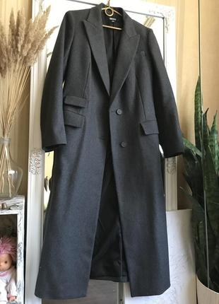 Пальто с показа
