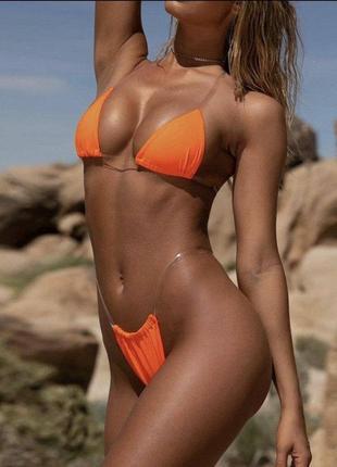Оранжевый яркий купальник с силиконовыми бретелями с чашками