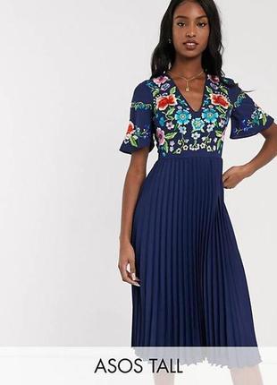 Платье миди с вышивкой и плиссированной юбкой размер 12-142 фото