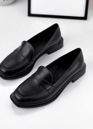 Туфли чёрные кожа