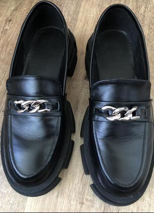 Туфли броги кожаные лоферы с цепью на тракторной подошве5 фото