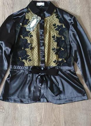 Нарядная блузка из натурального атласа