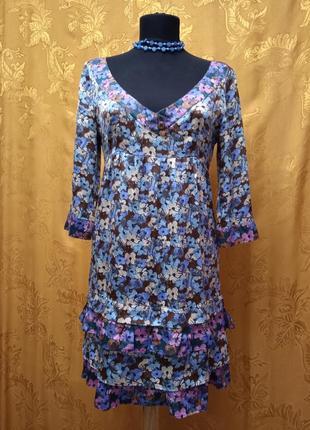 Шёлковое платье в цветочек