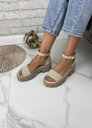 Стильные босоножки на массивной подошве сандалии шлёпки натуральная кожа замша