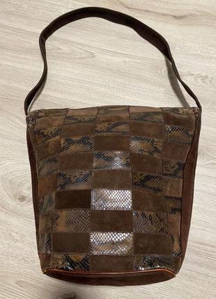 Стильная,вместительная сумка из натурального замша,сделанная в италии