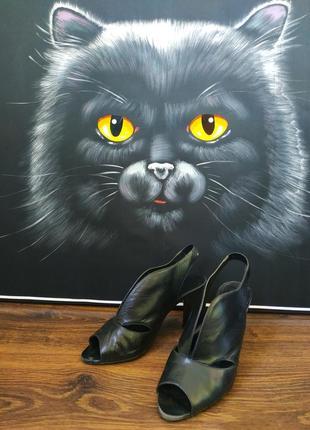 Туфли босоножки 5 th avenue кожа с открытой пяткой каблук черные 37 размер