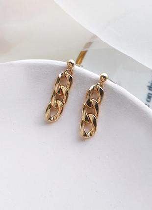 Трендовые  серьги цепи золотистые - модная бижутерия недорого