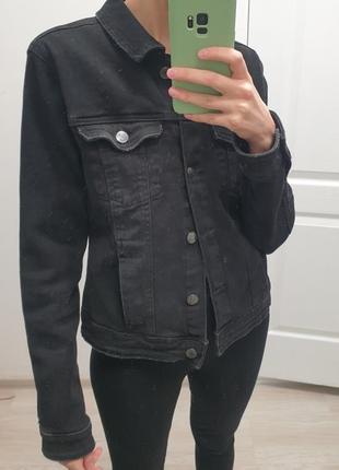 Джинсовая куртка bershka1 фото