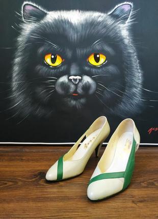Туфли кожаные цвета воды на каблуке helios lady новые 39 размер