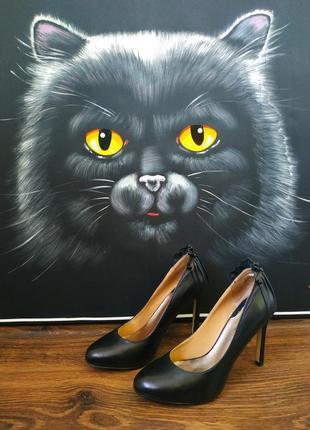 Туфли кожаные лодочки на шпильке классика черные billiani 36 размер