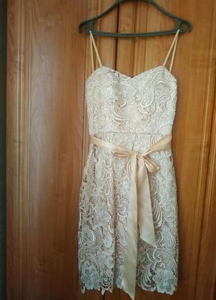 Платье, размер s, новое. цвет шампань