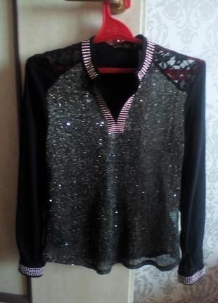 Нарядная блуза с люрексом