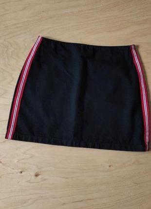 Юбка джинсовая черная стильная с лампасами   topshop