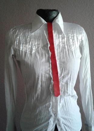 Белая рубашка в офисс   s
