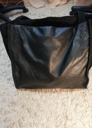 Сумка-шоппер, кожаная с замшевыми вставками, в отличном состоянии.