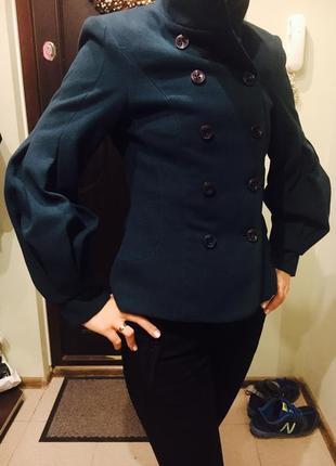 Пальто короткое rinascimento