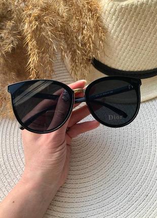Солнцезащитные очки лисичка чёрные