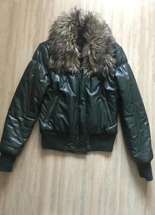 Курточка тёплая с мехом