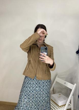 Винтажная бежевая коричневая куртка next под замшу