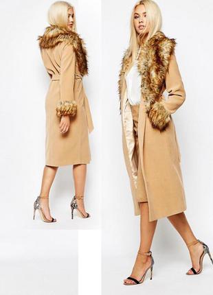 Роскошное пальто asos missguided бежевого цвета с воротником из искусственного меха