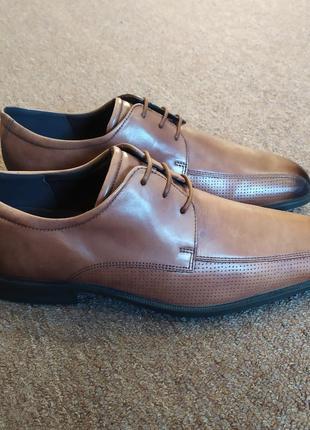 Оригінальні, класичні туфлі ecco. оригінал!!!