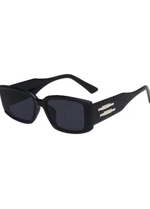 Трендовые очки в стиле 90х сезона 2021! стильные солнцезащитные  чёрные очки