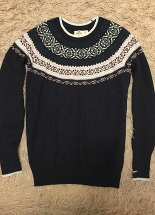 Тёплый свитер hollister
