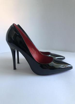 Жіночі туфлі belle women 40 р.