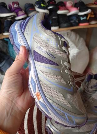 Оригінальні кросівки karrimor