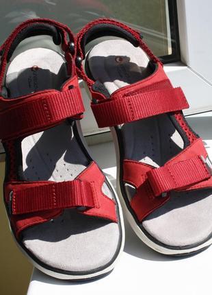 Женские босоножки сандалии clarks 38 размер новые кожа