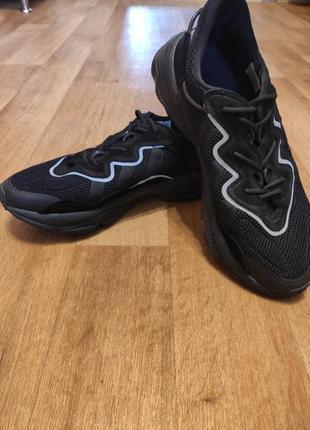Кроссовки adidas ozweego triple black