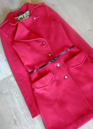 Красное осеннее демисезонное пальто. пальто кашемировое деми теплое