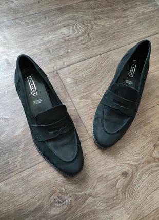 Шикарные кожаные лоферы ,туфли, балетки