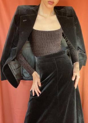 Костюм юбка и пиджак бархат
