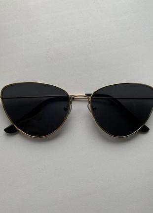 Стильні очки лисички
