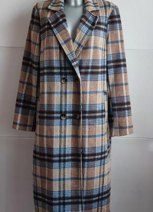 Стильное пальто george с красивым клетчатым узором