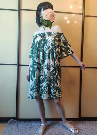 Платье в принт пальмы от h&m