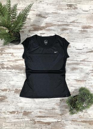Женская футболка для спорта nike dri fit