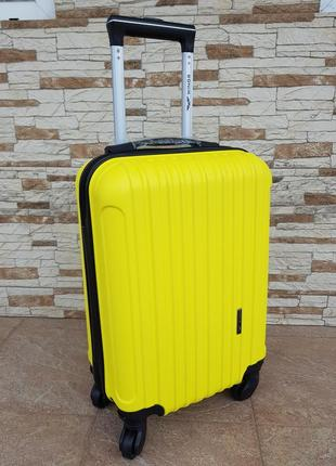 Ручная кладь чемодан фирмы wings