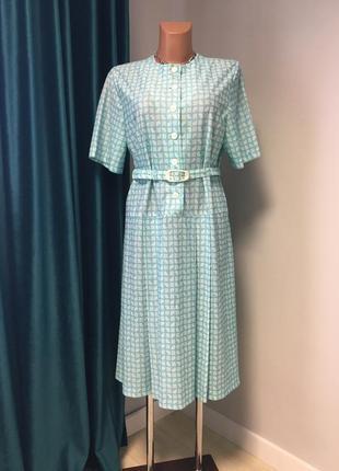 Красивое винтажное платье невероятно красивого бирюзового цвета,с поясом