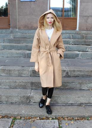 Стильное бежевое пальто!