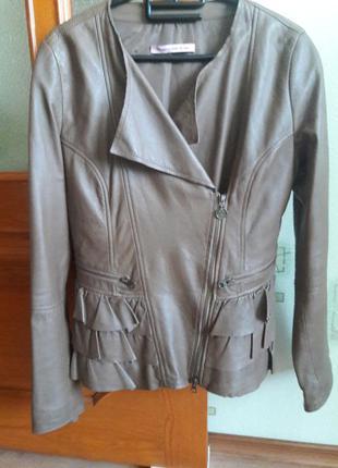 Итальянская куртка/косуха/100 % натуральная кожа