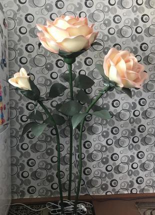 Торшер-светильник розы