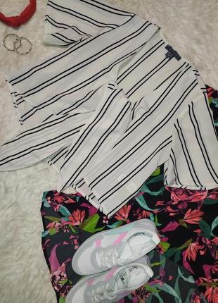 Актуальная блуза с завязкой в полоску