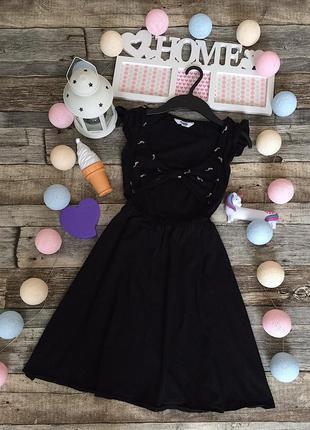 Красивое чёрное трикотажное платье с птичками pull and bear