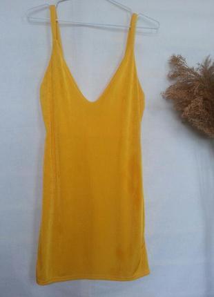 Яркое желтое пляжное платье-туника