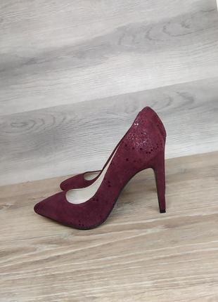 Замшевые туфли на каблуке - натуральная замша , 37 размера model 2342