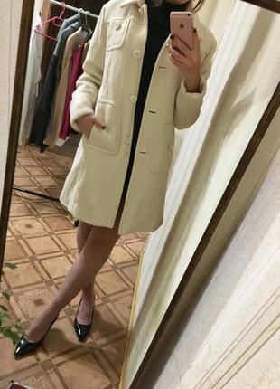 Шикарное классическое пальто теплое