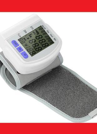Тонометр на запястье для измерения артериального давления