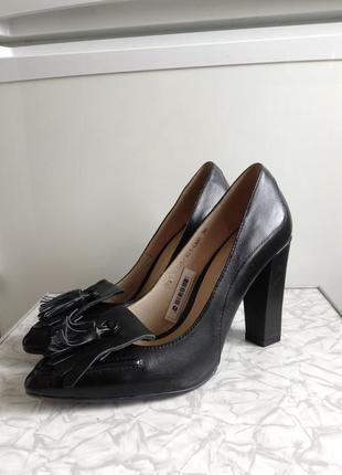 Кожаные туфли лодочки bershka braska 36 37